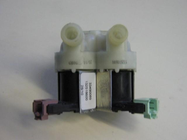 Elettrovalvola lavatrice Rex RWP12075W cod 33490089