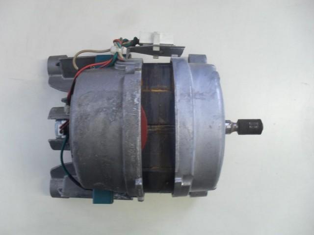 Motore lavatrice Indesit WIL105