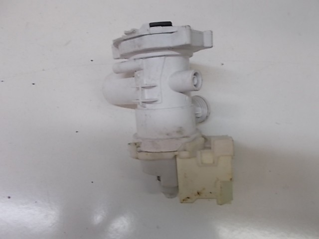 Pompa lavatrice Indesit WIE107 cod 16002531300