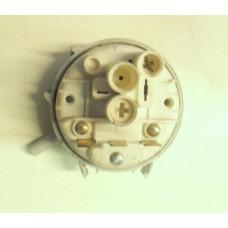 Pressostato lavastoviglie Ariston LSI66A cod 16001066700