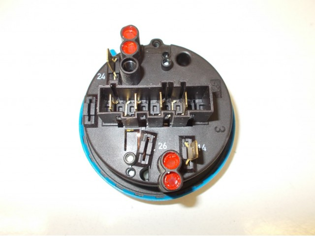 Pressostato lavastoviglie Ariston cod 16000443600