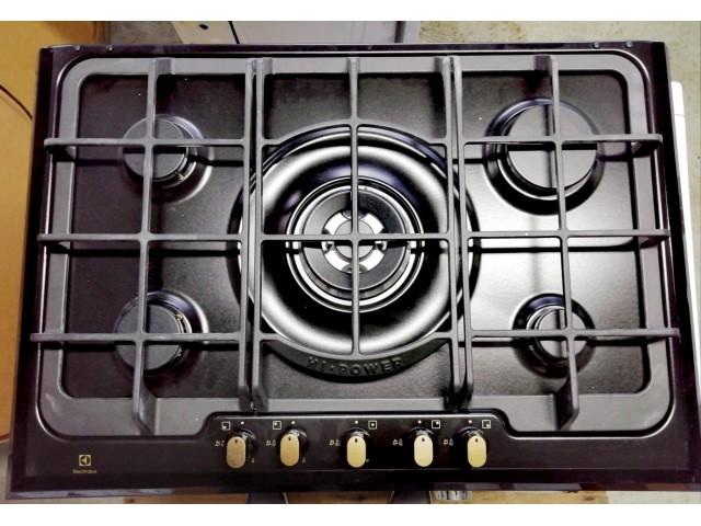 Electrolux Piano cottura a gas PN 750 RUOV finitura nero ghisa e manopole bronzo da 75 cm NUOVO DI SECONDA