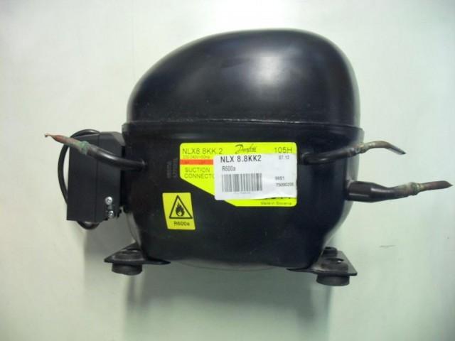 Compressore frigorifero Electrolux RNB38351M cod NLX8.8KK2