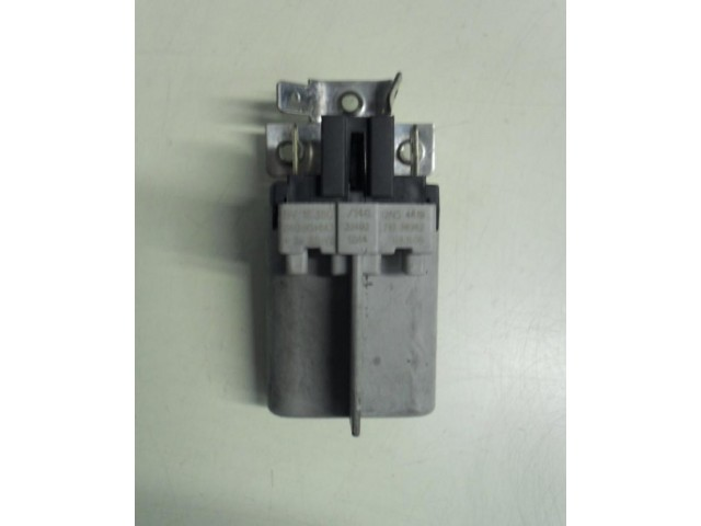 Condensatore lavatrice Whirlpool AWO/D4112 cod 461971038982