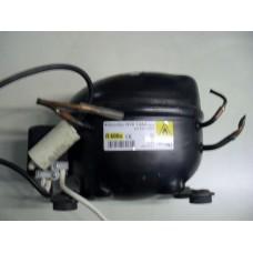 Compressore frigorifero Candy CFC 382A cod HYK12AA
