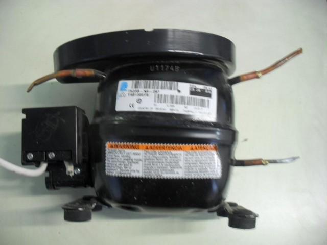 Compressore frigorifero Indesit R 23 cod 131317