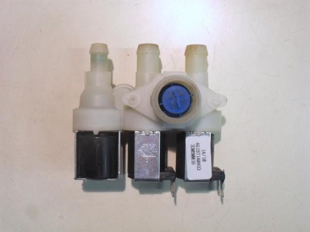 Elettrovalvola lavatrice Whirlpool AWOE AST 912/-30 cod 46197140493