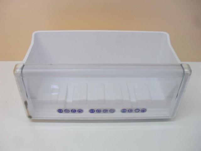 Cassetto frigorifero Whirlpool ARC7690/AL misure 22,5 43,3 15,4