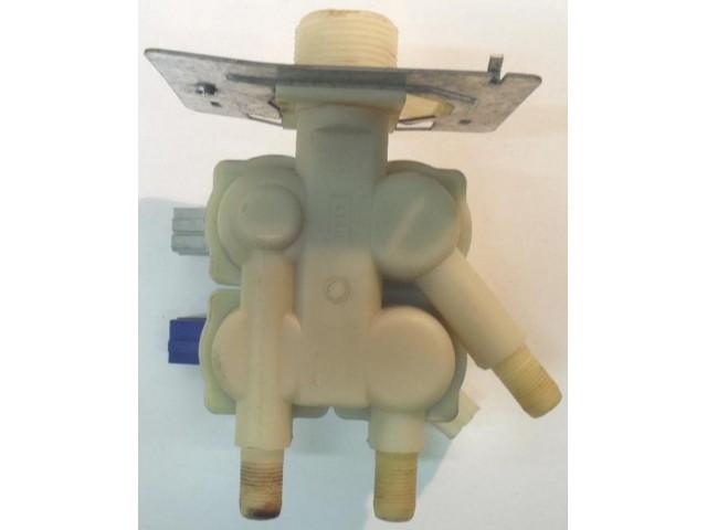 Elettrovalvola lavatrice Bosch WFT2400IE/01 FD 7604 cod 3037098AA2