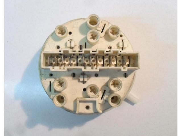132141941 / 7930063   pressostato   lavatrice aeg clara 1048