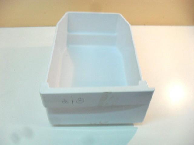 Cassetto frigorifero Ariston misure 25,9 x 36,5 x 16