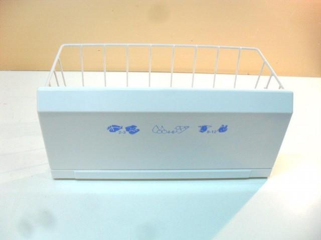 Cassetto frigorifero Whirlpool ARG 910/G/WP misure  43,2 x 20,7 x 19,5