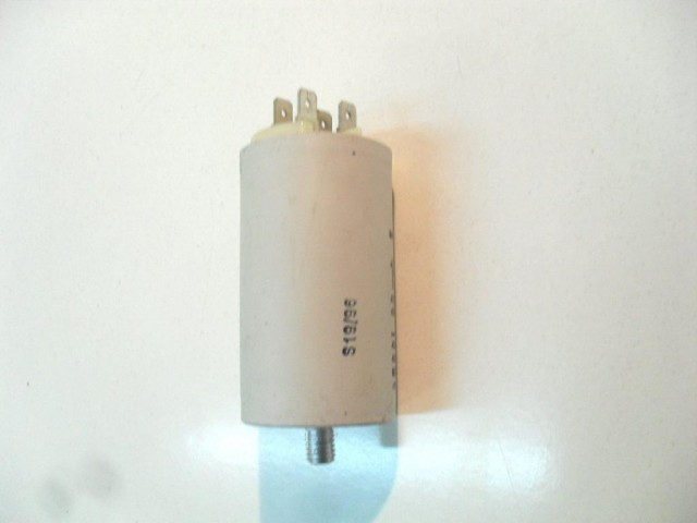 Condensatore lavatrice Ariston  AF546 t cod 16.10.23