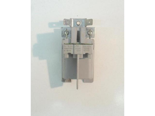 Condensatore lavastoviglie Whirlpool ADG7556M cod 461971038951