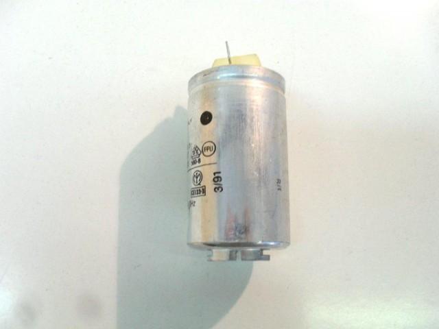 4034410    condensatore 16 uF   lavatrice castor cs 953, electrolux ew 506 s, castor cx 353, c 550 x, zoppas pl 543 x, rex rle5pf