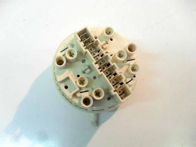 132082260    pressostato   lavatrice zoppas p107xd