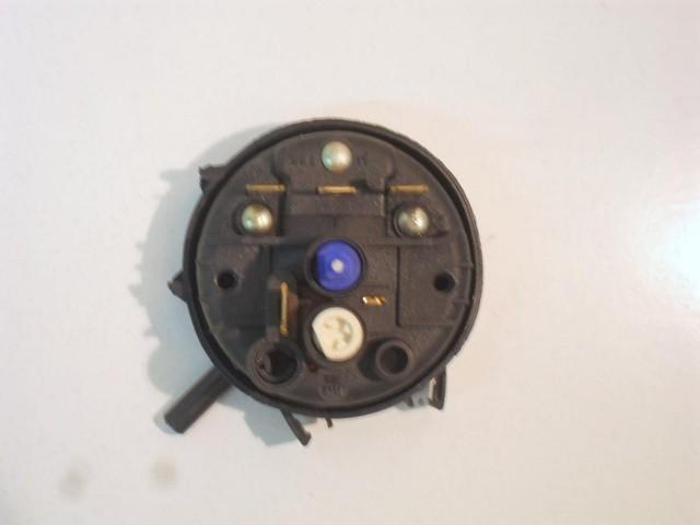 42848   pressostato   lavatrice zerowatt type 611