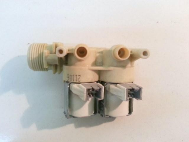 Elettrovalvola lavatrice Indesit WI 122 EU cod 21106