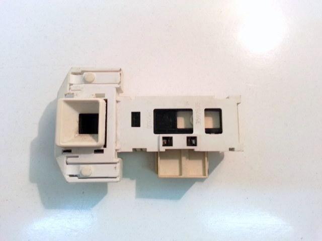 Bloccaporta lavatrice Bosch WFD1260II cod 3339032