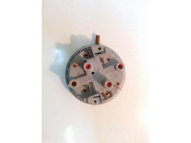 160019901.00   pressostato   lavatrice ariston av 637tx/1