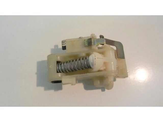 020 0598   bloccaporta   lavastoviglie indesit ariston lsi 61, lst 660,  lsi 67