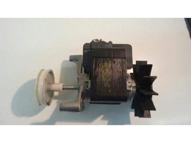 Motore lavatrice Zoppas PLA1400EMD cod 379012500