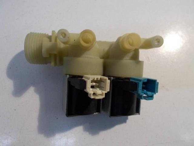 Elettrovalvola lavatrice Ariston WMG822B cod 016001607904