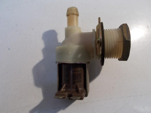 Elettrovalvola lavatrice Indesit WGS633TXIT cod 16000507301